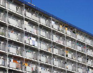 Co z mieszkaniami komunalnymi?